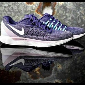 Nike Zoom Odyssey 2 Running Shoes